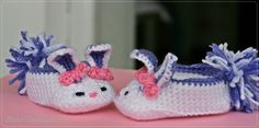 Botosei crosetati Bunny Slippers | Online Gallery - Galerie online de arta, handmade si obiecte decorative unicat