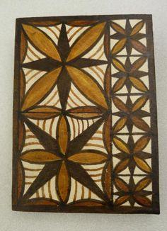 Samoan Siapo - National Park of American Samoa Samoan Patterns, Tribal Patterns, Polynesian Art, Polynesian Designs, Viking Symbols, Mayan Symbols, Egyptian Symbols, Viking Runes, Ancient Symbols