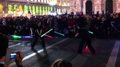 Here's How You'd Really Fight With a Lightsaber Established by three friends in the LudoSport Lightsaber Combat Academy (yes, it's a real thing) aims to teach the seven lightsaber fighting styles elaborated in the extended Star Wars canon. Lightsaber Forms, Lightsaber Fighting Styles, Self Defense Moves, Star Wars Canon, Star Wars Light Saber, Sword Fight, Homeschool High School, Sleepover