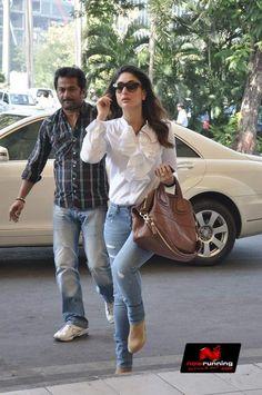kareena kapoor carrying Givenchy bag. Bollywood bag style.