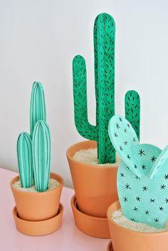 20 Creative Kids Decoration Ideas with DIY Touches – mybabydoo - Cactus DIY Deco Cactus, Cactus Decor, Mini Cactus, Cactus Flower, Flower Bookey, Flower Film, Flower Pots, Diys, Cactus Craft