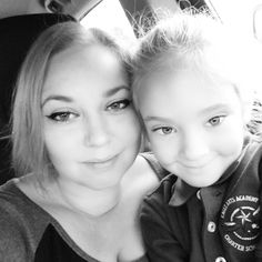 Getting in all the cuddles while we wait for the bus #momlife #schooldays #zaydajewell #kindergartener #mybaby #morningcuddles