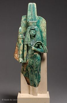 Queen Tiye (the Great Royal Wife of Amenhotep III once stood beside the king, of whom only the right arm remains), the New Kingdom ca. 1550 to 1069 BC, glazed steatite, Egyptian