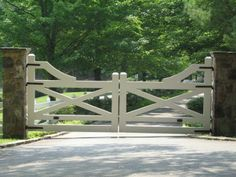 blackberry farm | gate at Blackberry Farm | Horse Facility Ideas