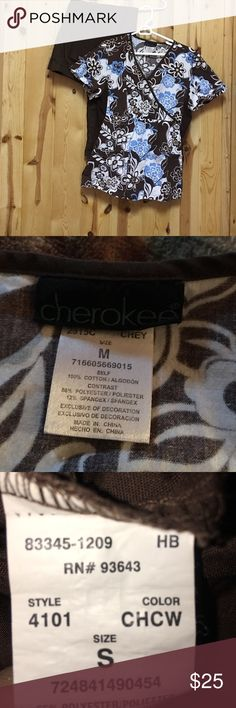 Cherokee Scrub Set Medium Top Small Regular Pant Excellent Used Condition Top has Elastic Waist for a flattering fit. Cherokee Other