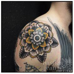 Bastien Jean. #tattoo #yellow #flower #black #gray #shoulder