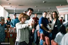 "20 fotos inéditas del rodaje de ""pulp fiction"" - filmin"