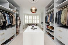 "this is a ""Wow!"" closet--A drop-dead gorgeous location home - desire to inspire - desiretoinspire.net"