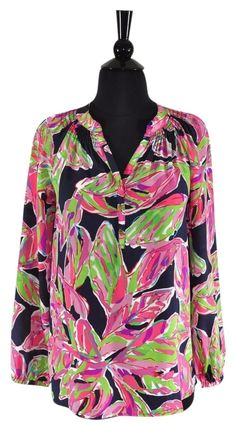 1c1228c168364 Lilly Pulitzer Floral Silk Elsa Tunic Top Size XXS   2XS. Available at  Luxury Fashion