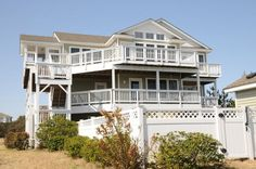 Kitty Hawk Vacation Rental: Queen on the Green 730    Outer Banks Rentals