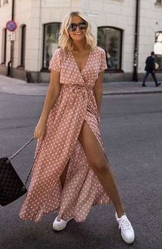 Summer Fashion Essentials From hush Edgy Outfits, Mode Outfits, Fashion Outfits, Womens Fashion, Fashion Trends, Fashion Days, Sneakers Fashion, Summer Weekend Outfit, Cool Summer Outfits