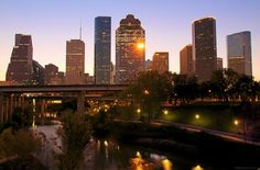 Houston Skyline at Dawn. There were so many gorgeous pics of this city skyline that I didn't know which to choose to pin. Houston Skyline, Houston City, Houston Downtown, Viaje A Texas, Beautiful Islands, Beautiful Places, Space City, Texas Travel, Outdoor Travel
