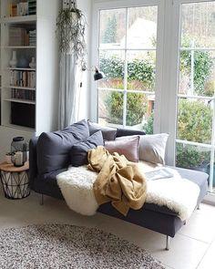...sitze ich gerne hier und lese.