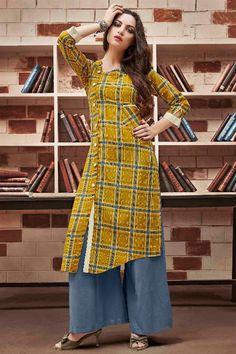 Designer Front Slit Latest Kurti Designs 2018 - All About Salwar Designs, Kurta Designs Women, Kurti Designs Party Wear, Latest Kurti Designs, Dress Neck Designs, Designs For Dresses, Blouse Designs, Side Slit Kurti, Kurti Styles