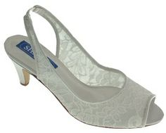 Ivory Lace Slingback Wedding Shoes | Wedding shoes by Perdita's