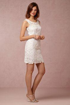 40cddeb96d7 1deb54e1c5c1b65a3e90a744a762dbf4--used-wedding-dresses-wedding-dressses.jpg