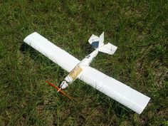 You Can Now 3D Print Your Own RC Airplane http://3dprint.com/18167/3d-printed-rc-airplace/