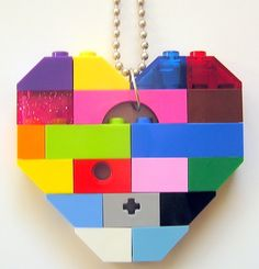 'Lego heart collectible (Single thickness) Model 2 ' is going up for auction at  8am Thu, Jan 10 with a starting bid of $15.