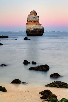 Praia Dona Ana, Algarve, Portugal.