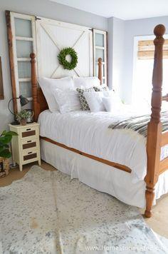 80 Modern Farmhouse Bedroom Furniture Design Ideas - Page 6 of 80 - Home Decor Farmhouse Bedroom Furniture, Modern Farmhouse Bedroom, Bedroom Furniture Design, Home Furniture, Farmhouse Style, Rustic Farmhouse, Modern Furniture, Cheap Furniture, Bedroom Modern