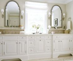 I like the shelf under the mirror/above the sink (a place to put facial scrubs, etc...)  -  I could add this to my bathroom