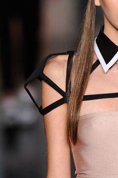 3D geometric sleeve detail - sculptural fashion design - mapô fall 2012
