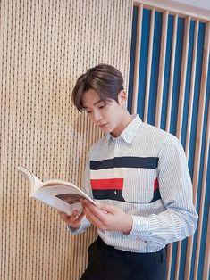 Jung Hyun, Kim Jung, Korea Boy, Bts Korea, Taehyung, Cute Love Stories, Sf 9, Bo Gum, Kdrama Actors