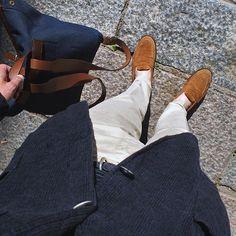 esalaukkanen Enjoying the warm summer days and this linen Prince of Wales check jacket from Barena Venezia!#barenavenezia #alden #aldenshoes #aldenarmy #amiparis #apc #mismodk #ootd #summerfavorites #linen #casual #menswear #helsinki #tyylit #tyylitfi 2016/06/03 01:28:25
