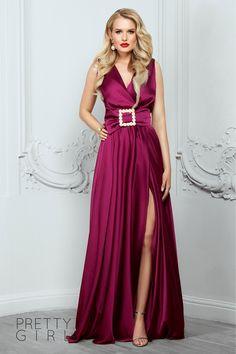 Dark magenta v-neck dress with pearls details - Pretty Girl Pearl Dress, Summer Events, Marsala, V Neck Dress, Magenta, Pretty Girls, Girl Fashion, Satin, Formal