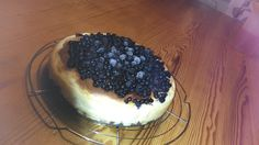 New York Cheesecake mit Heidelbeeren Tiramisu, Acai Bowl, New York, Breakfast, Ethnic Recipes, Food, Homemade, Pies, Acai Berry Bowl