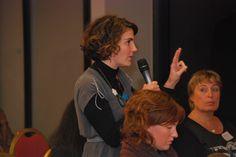Question d'une participante pendant la table-ronde d'ouverture #conferasmus