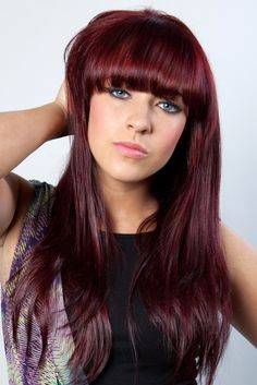 Stephanie Davis/Sinead O'Connor from Hollyoaks with her new hair colour! www.loreal-paris.co.uk