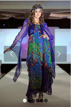 Kurdish dress Oriental Fashion, Asian Fashion, Fashion Beauty, Womens Fashion, Dress Attire, Dress Outfits, Dresses, Religion, The Kurds