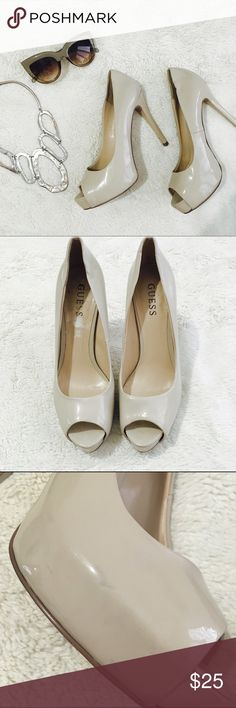 $15 on Ⓜ️- Guess Heels Guess heels in a creamy/taupe color. Last 2 pics show slight scuff and indentations but they're so tiny you can't even notice them! $15 on Ⓜ️ Guess Shoes Heels