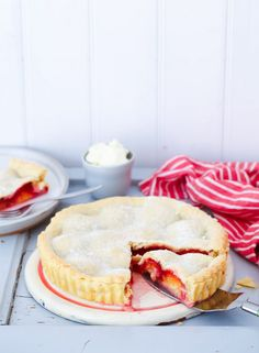 awesome A hidden plum pie recipe with or without marzipan - plum pie recipe Easy Cake Recipes, Baking Recipes, Sweet Recipes, Cookie Recipes, German Baking, British Baking, Quiches, Plum Pie Recipe, Chocolate Pies