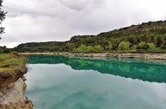 Barreras tobaceas laterales de la laguna Lengua.  Parque Natural de las Lagunas de Ruidera #nature #photography
