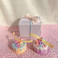 Stationery, Gift Wrapping, Packaging, Candles, Desserts, Gifts, Food, Gift Wrapping Paper, Tailgate Desserts