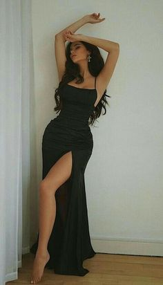 Stunning Prom Dresses, Pretty Prom Dresses, Black Evening Dresses, Black Prom Dresses, Ball Dresses, Elegant Dresses, Cute Dresses, Beautiful Dresses, Ball Gowns