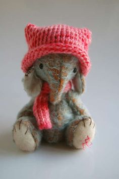 Alice by By Nathalie`s Bears   Bear Pile
