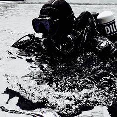いいね!1件、コメント1件 ― UrbanSportsさん(@godive_urbansports)のInstagramアカウント: 「#hollisgear #hollisprism2#rebreather」