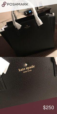 c0c4fd50420ab Authentic Kate Spade Bag Black in color. 10.3