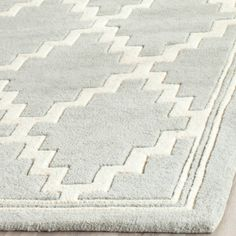 Discount Carpet Runners For Stairs Carpet Decor, Diy Carpet, Modern Carpet, Hall Carpet, Carpet Ideas, Painted Rug, Cheap Carpet Runners, Carpet Colors, Geometry