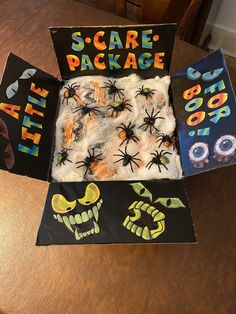 Halloween Games, Holidays Halloween, Halloween Crafts, Halloween Party, Halloween Decorations, Halloween 2017, Homemade Gifts, Diy Gifts, Care Package Decorating
