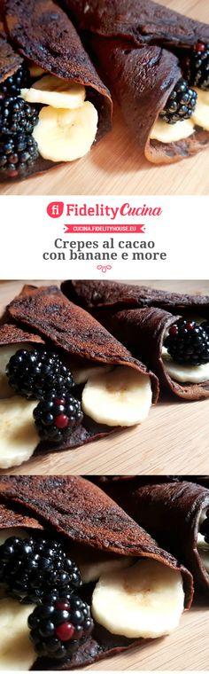 Crepes al cacao con banane e more
