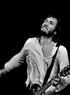 Pete Townshend - The Who (Hamburg, Germany in August 1972) - Par Heinrich Klaffs - CC BY-SA 2.0