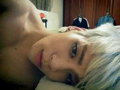 Kim Jonghyun - Please... please put a shirt on. I cannot handle you shirtless right now.