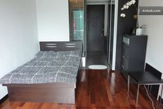 Classy studio in heart of Wan Chai in Hong Kong