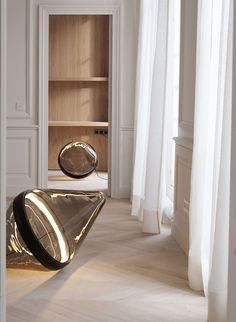 Hollow by Dan Yeffet for Wonderglass at Maison&Objet Paris 2016 | http://www.yellowtrace.com.au/maison-et-objet-2016/