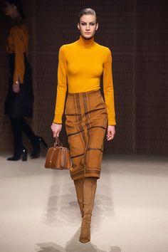 Herm¨¨s Fall 2019 Ready-to-Wear Fashion Show - Vogue Trend Fashion, Runway Fashion, High Fashion, Fashion Looks, Womens Fashion, Fashion Fashion, Fashion Watches, Fashion Design, Mode Outfits
