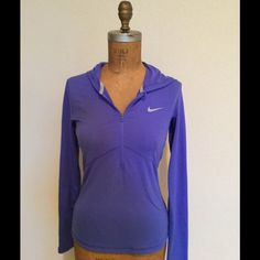 Nike Dri-Fit Half Zip Pullover Hooded Periwinkle Blue Pullover Top. Does not have Thumbholes. Fitted Nike Tops